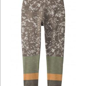PrAna Printed Legging Capri Pants